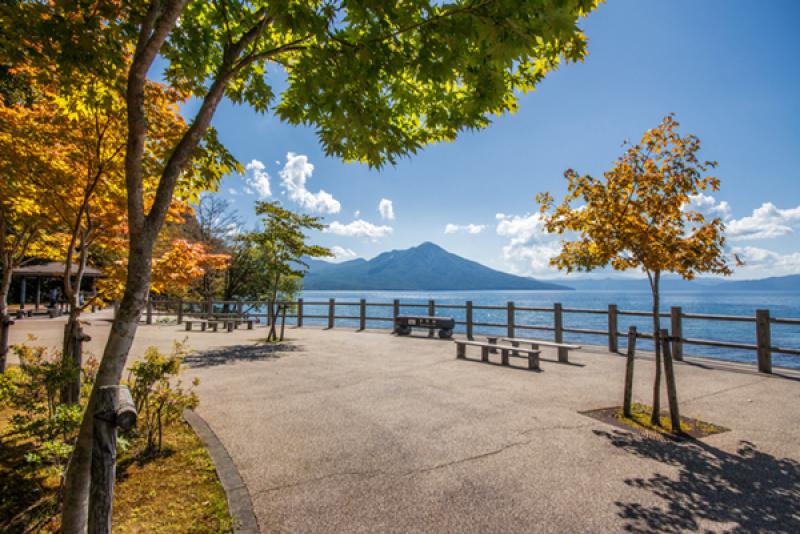 秋天支笏湖